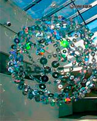 Люстры из дисков для дома